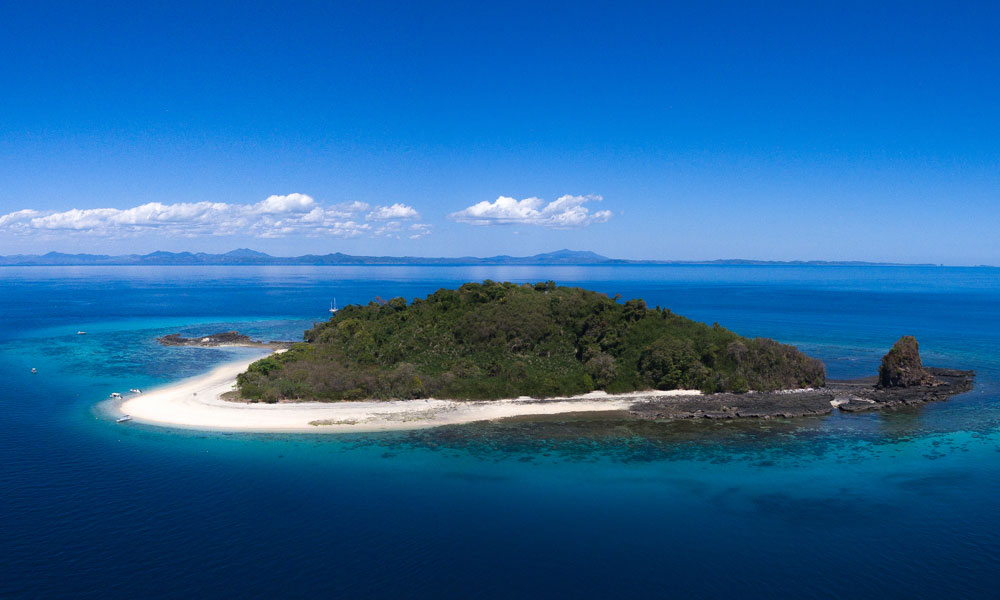Madagascar Destinations Guide - Nosy Be scuba diving